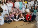 Wolontariusze z życzeniami świątecznymi w Domu Pomocy Społecznej  w Tarnowie-Mościcach.